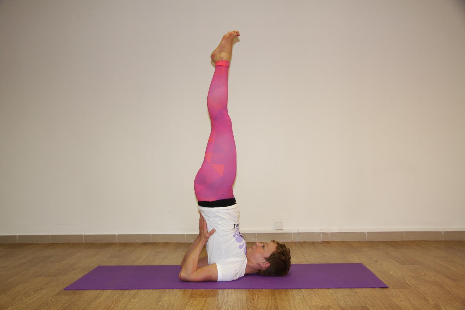 yoga per ridurre la minzione frequente